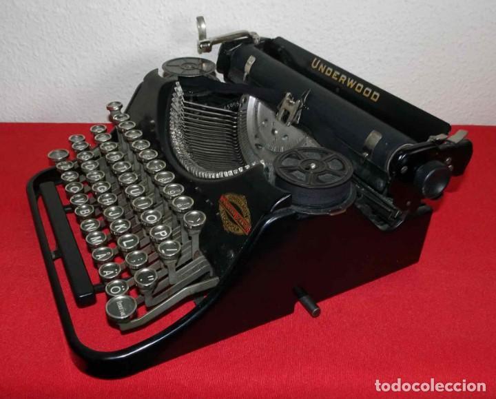 Antigüedades: Máquina de escribir UNDERWOOD, c1925 - Foto 3 - 242456290