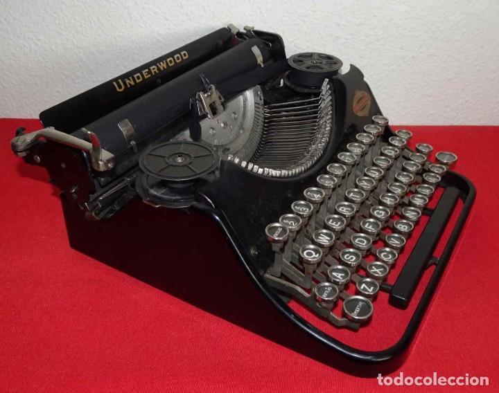 Antigüedades: Máquina de escribir UNDERWOOD, c1925 - Foto 4 - 242456290