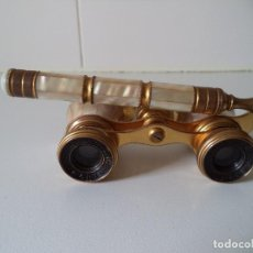 Antigüedades: ANTIGUOS BINOCULARES-PRISMATICOS DE TEATRO(OPERA GLASSES), IRIS PARIS.MADRE PERLA Y BRONCE.. Lote 243006835