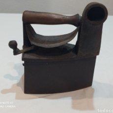 Antigüedades: ANTIGUA PLANCHA DE CARBÓN SIGLO XIX. Lote 243055790