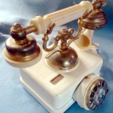 Teléfonos: TELEFONO ELASA ESTILO - CTNE - AÑOS 60 -70 - FUNCIONA - Nº 054531- ECUALIZADO. Lote 243237690