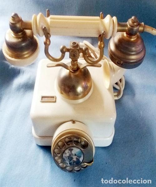 Teléfonos: Telefono Elasa Estilo - CTNE - Años 60 -70 - Funciona - Nº 054531- Ecualizado - Foto 8 - 243237690