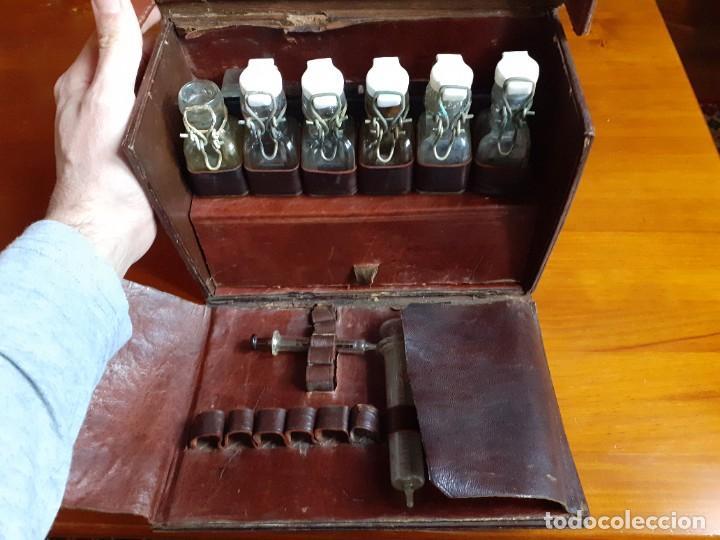 Antigüedades: Antiguo maletín de piel de médico francés - Foto 3 - 243604485