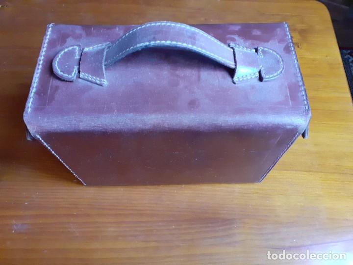 Antigüedades: Antiguo maletín de piel de médico francés - Foto 7 - 243604485