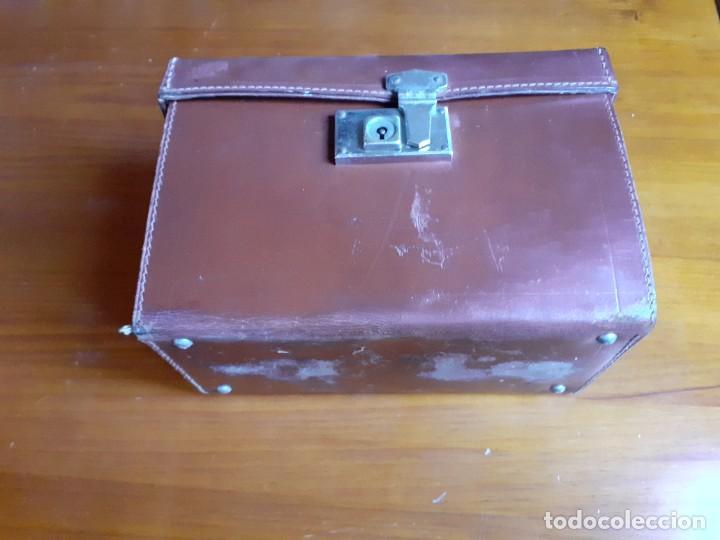 Antigüedades: Antiguo maletín de piel de médico francés - Foto 8 - 243604485