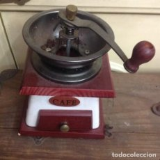 Antigüedades: MOLINILLO DE CAFÉ..MADERA.. Lote 243858745