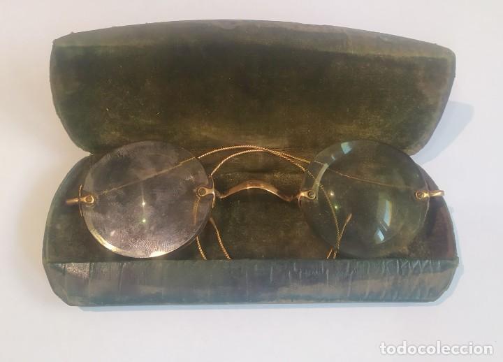 ANTIGUAS LENTES GRADUADAS CON ESTUCHE , LA ÓPTICA MODERNA, M. FLORIT, BARCELONA, VER FOTOS (Antigüedades - Técnicas - Instrumentos Ópticos - Gafas Antiguas)