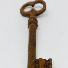 Antigüedades: LLAVE ANTIGUA DE HIERRO. Lote 244423005