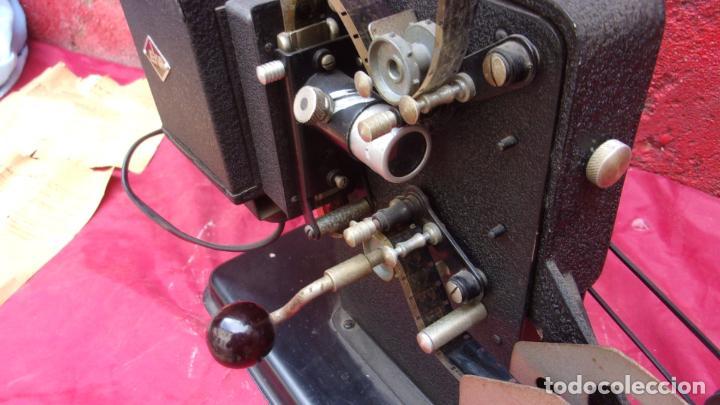Antigüedades: proyector EKA,calidad,instrucciones y una peli repuesto - Foto 3 - 244602625