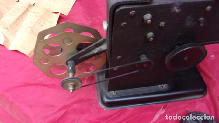 Antigüedades: proyector EKA,calidad,instrucciones y una peli repuesto - Foto 6 - 244602625