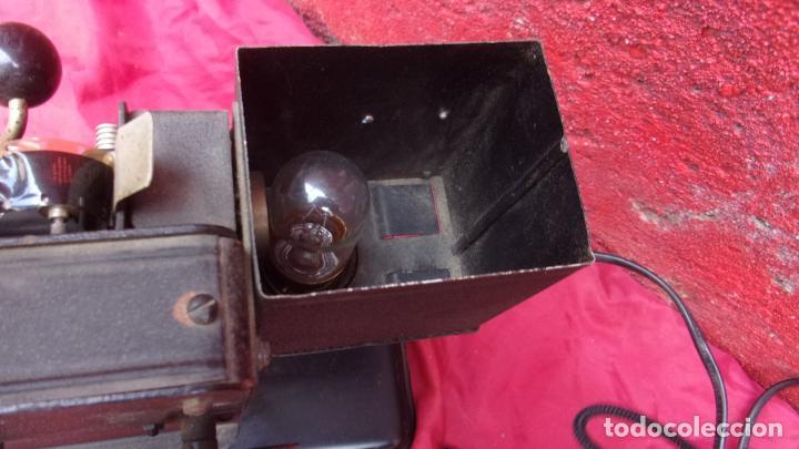 Antigüedades: proyector EKA,calidad,instrucciones y una peli repuesto - Foto 7 - 244602625