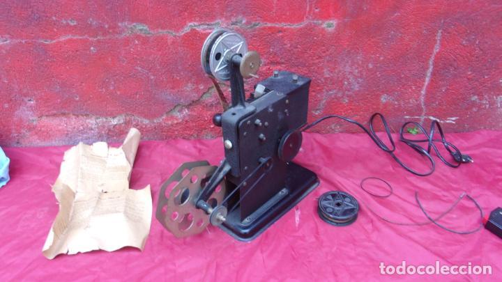 Antigüedades: proyector EKA,calidad,instrucciones y una peli repuesto - Foto 9 - 244602625