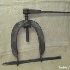 Antigüedades: PRENSA DE TALLER ANTIGUA. Lote 244668385