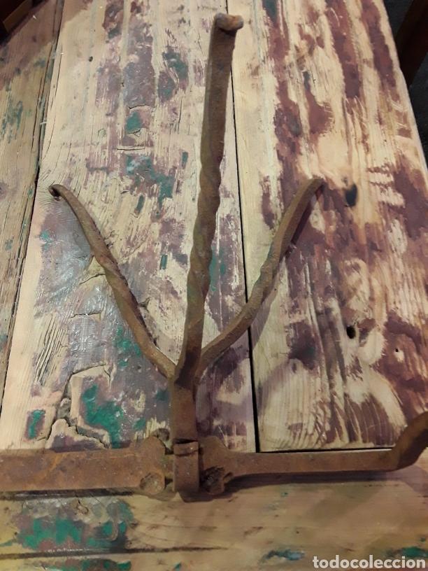 Antigüedades: Asadera de espada en forja - Foto 6 - 244708105