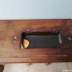 Antigüedades: TABLERO MAQUINA COSER SIGMA.. Lote 244844000