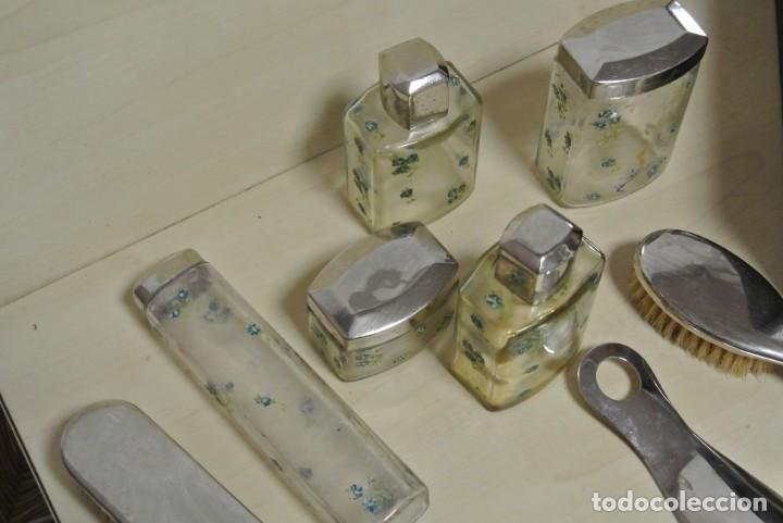 Antigüedades: ANTIGUA MALETA TOCADOR DE VIAJE - Foto 5 - 244921985