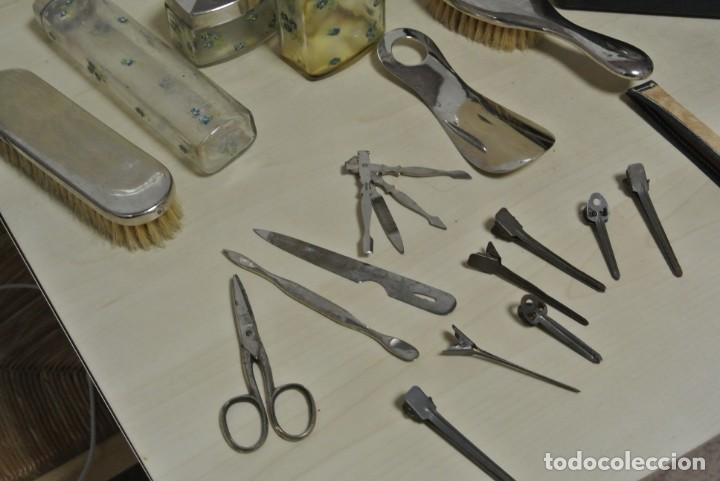 Antigüedades: ANTIGUA MALETA TOCADOR DE VIAJE - Foto 7 - 244921985