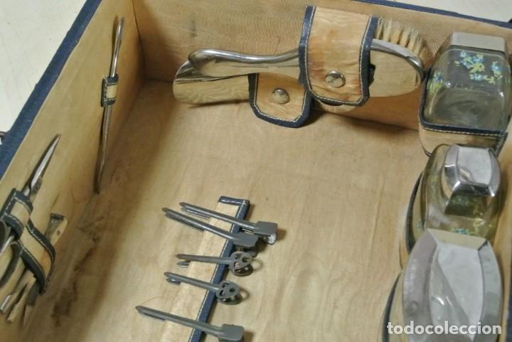 Antigüedades: ANTIGUA MALETA TOCADOR DE VIAJE - Foto 9 - 244921985