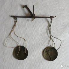 Antigüedades: BALANZA PEQUEÑA DE DINERALES. Lote 245175065