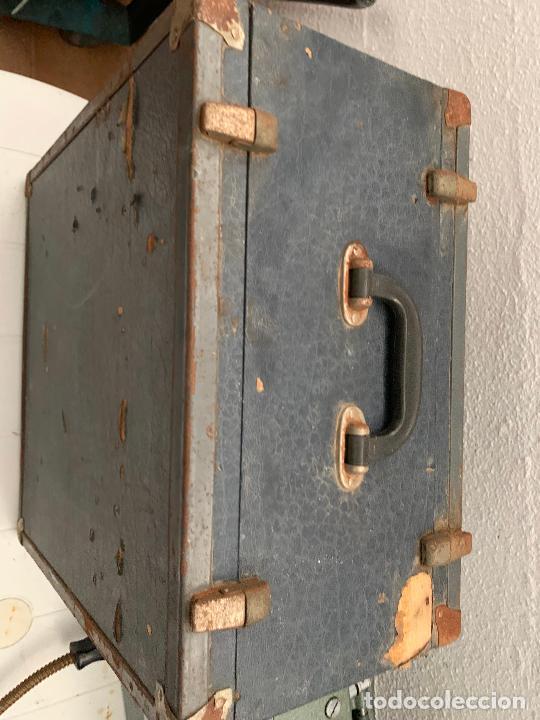Antigüedades: PROYECTOR CINE 16 MM BAUER MADE IN GERMANY 110 V AÑOS 40-50 - Foto 64 - 245237320