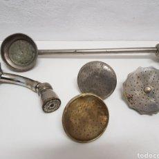Antigüedades: LOTE 5 GRIFOS DE.DUCHA ANTIGUOS DE ACERO Y LATÓN. Lote 245302995