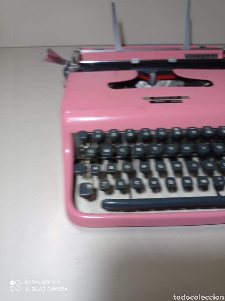 Antigüedades: Bonita máquina de escribir Hispano Olivetti, Pluma 22, la rosa, buscada y difícil de encontrar. - Foto 8 - 245353335