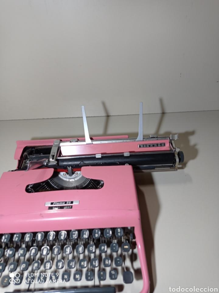 Antigüedades: Bonita máquina de escribir Hispano Olivetti, Pluma 22, la rosa, buscada y difícil de encontrar. - Foto 9 - 245353335
