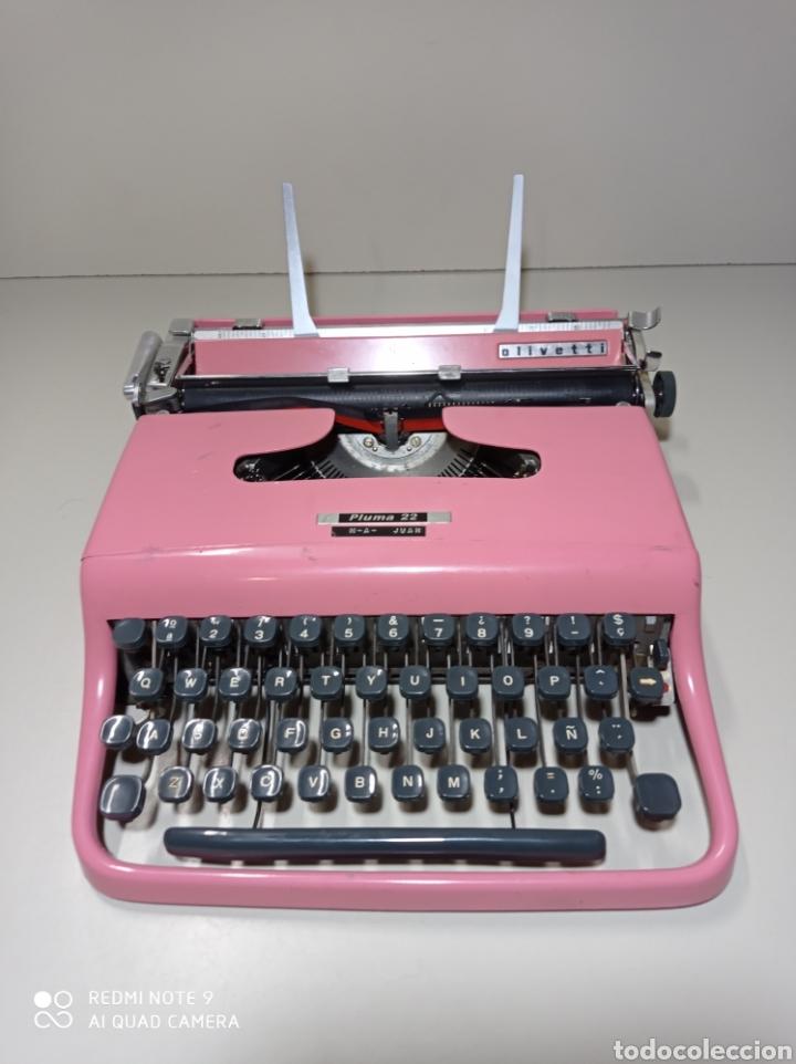 BONITA MÁQUINA DE ESCRIBIR HISPANO OLIVETTI, PLUMA 22, LA ROSA, BUSCADA Y DIFÍCIL DE ENCONTRAR. (Antigüedades - Técnicas - Máquinas de Escribir Antiguas - Olivetti)