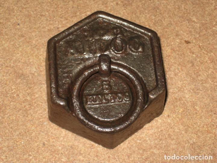 Antigüedades: Lote de 2 ponderales, pesas de 1 kilo y medio kilo. - Foto 3 - 245439615