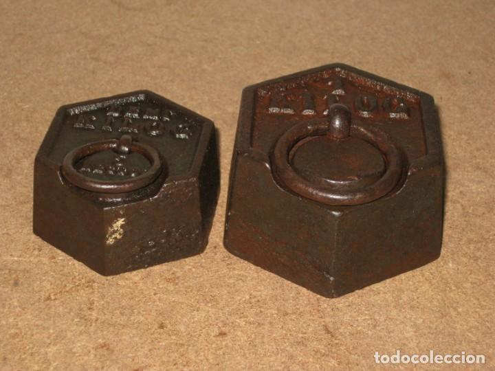 Antigüedades: Lote de 2 ponderales, pesas de 1 kilo y medio kilo. - Foto 2 - 245442015