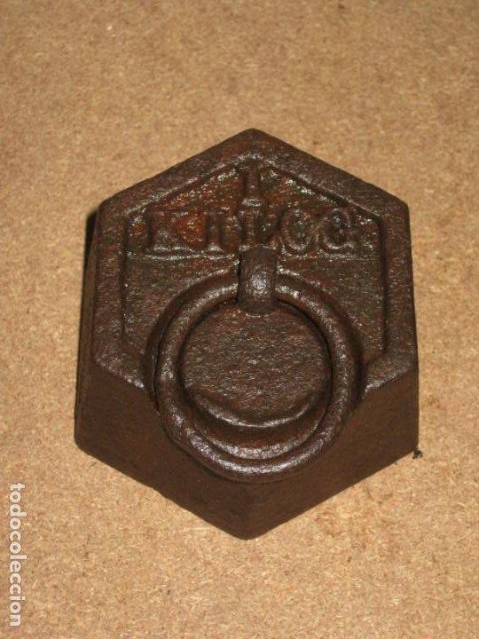 Antigüedades: Lote de 2 ponderales, pesas de 1 kilo. - Foto 4 - 245442880
