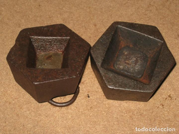 Antigüedades: Lote de 2 ponderales, pesas de 1 kilo. - Foto 5 - 245442880