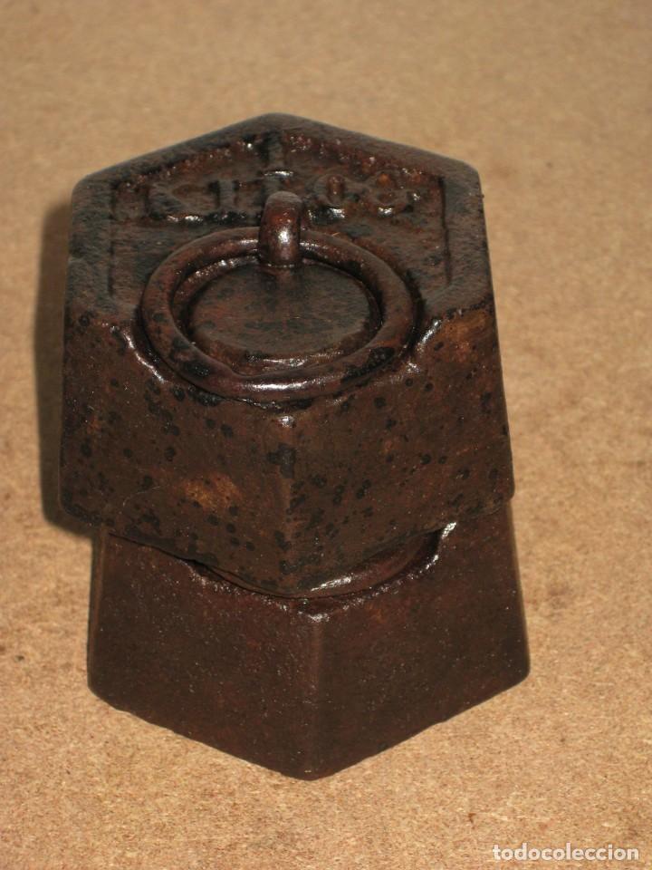 LOTE DE 2 PONDERALES, PESAS DE 1 KILO. (Antigüedades - Técnicas - Medidas de Peso - Ponderales Antiguos)