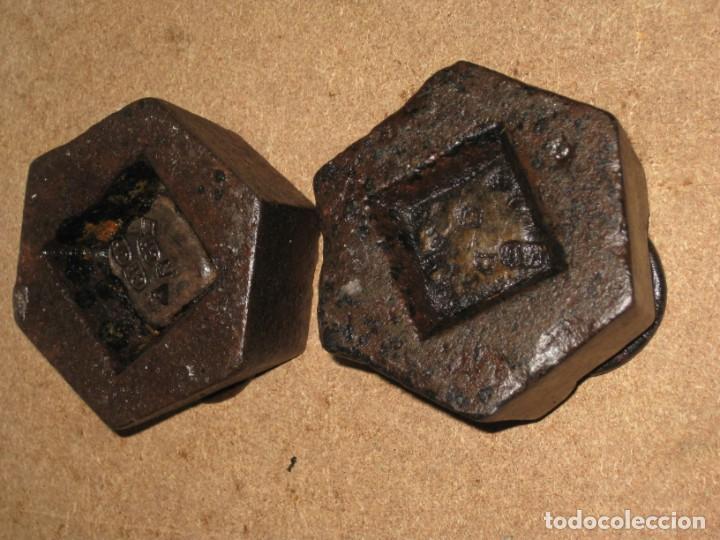 Antigüedades: Lote de 2 ponderales, pesas de 1 kilo. - Foto 5 - 245474345