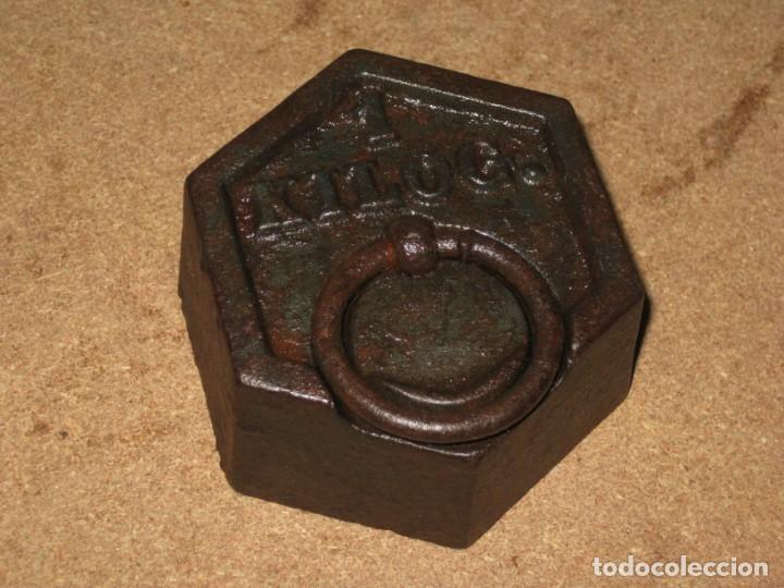 Antigüedades: Lote de 2 ponderales, pesas de 1 kilo y medio kilo. - Foto 3 - 245476570