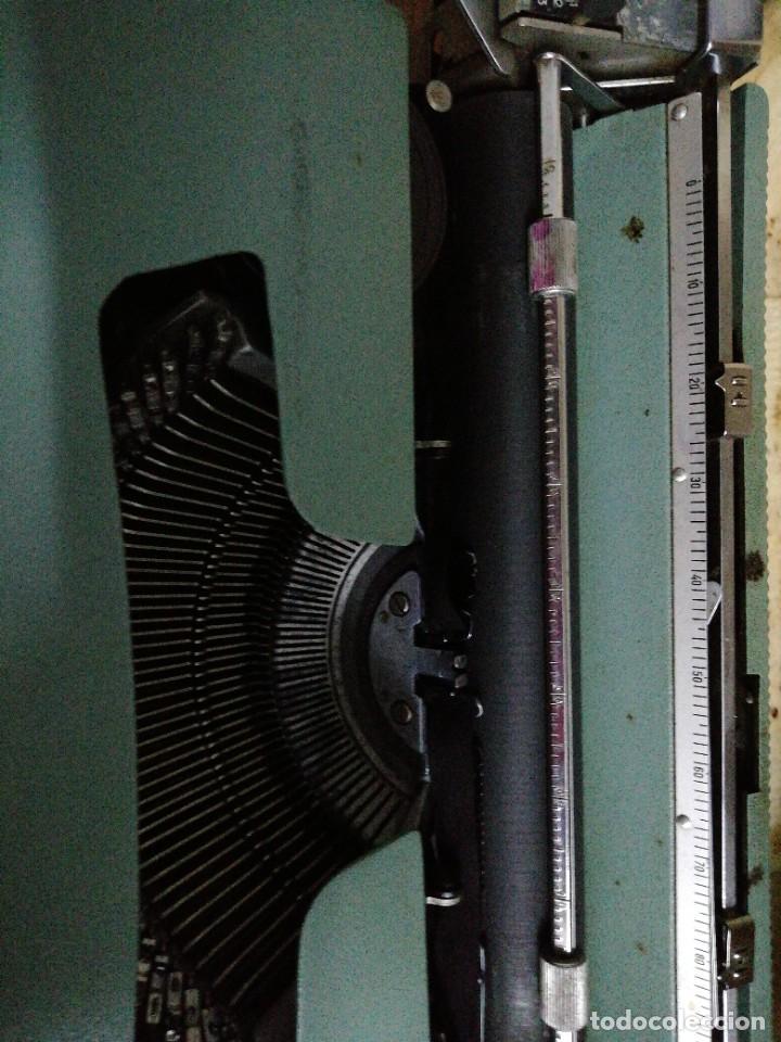 Antigüedades: Máquina de escribir Olivetti letters 32 - Foto 2 - 246039455
