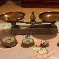 Antigüedades: BALANZA COMERCIO ANTIGUA VULCANO.. Lote 246160790
