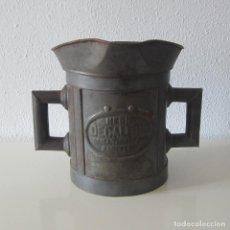 Antigüedades: MEDIDA SIGLO XIX CON SELLO DE LEON RAMPANTE MEDIO DECALITRO BARCELONA. Lote 246332480