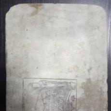 Antigüedades: PIEDRA LITOGRÁFICA PARA ETIQUETAS. ROYAL PALACE SHERRY. 8.300 GRAMOS. 27 X 19.5 X 6.5CM. Lote 246478340