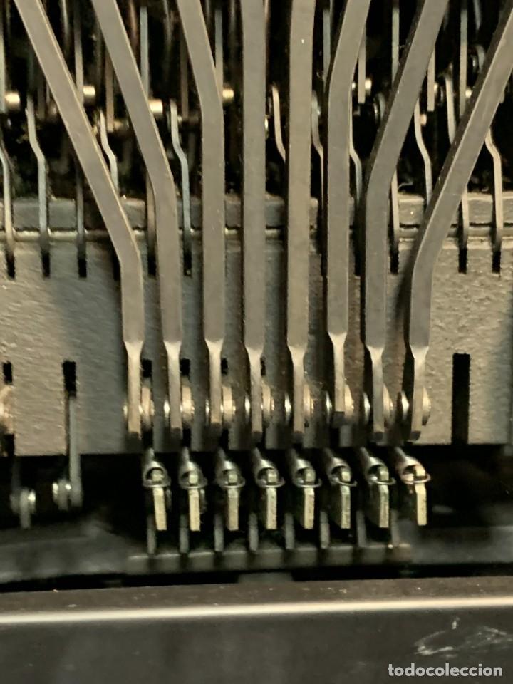 Antigüedades: MAQUINA ESCRIBIR HISPANO OLIVETTI LEXICON 80 - Foto 29 - 246818400