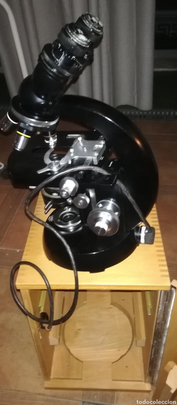 ANTIGUO MICROSCOPIO ZEISS CARL EN SU CAJA ORIGINAL (Antigüedades - Técnicas - Instrumentos Ópticos - Microscopios Antiguos)