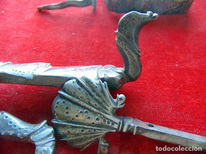 Antigüedades: Espectacular herraje de portón, zoomorfo siglo XVII, hierro forjado completo , ver fotos - Foto 7 - 246935290