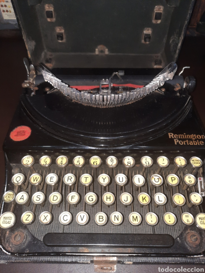 Antigüedades: Remington portable,con su tapa. - Foto 2 - 247116695