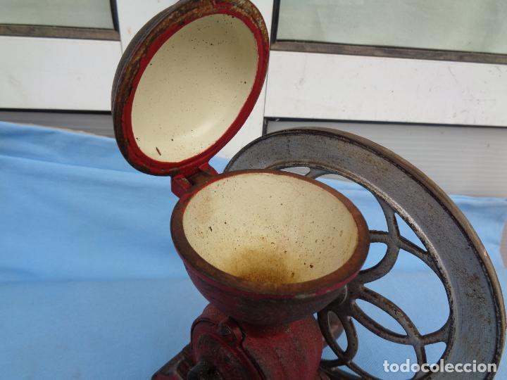 Antigüedades: ANTIGUO MOLINILLO DE CAFÉ CON RUEDA MJF ORIGINAL - Foto 5 - 247257320