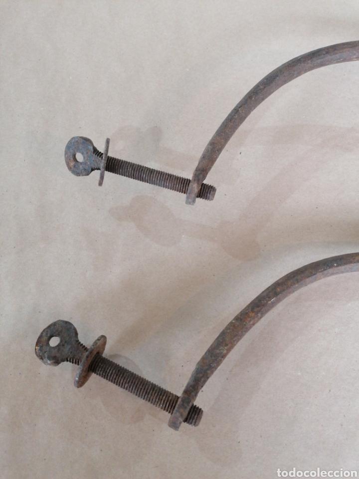 Antigüedades: Fiadores de mesa en forja - Foto 3 - 247270875