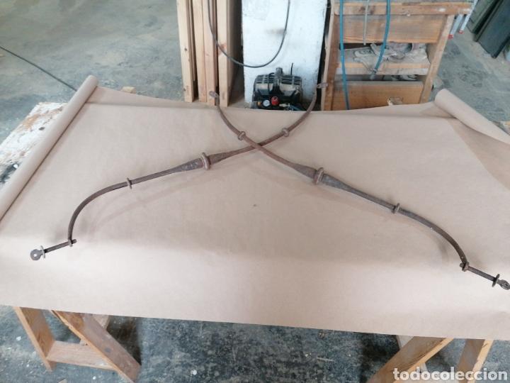 Antigüedades: Fiadores de mesa en forja - Foto 5 - 247270875