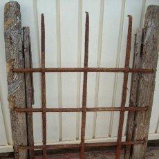 Antigüedades: REJA ANTIGUA DE FRAGUA 6. Lote 247373340
