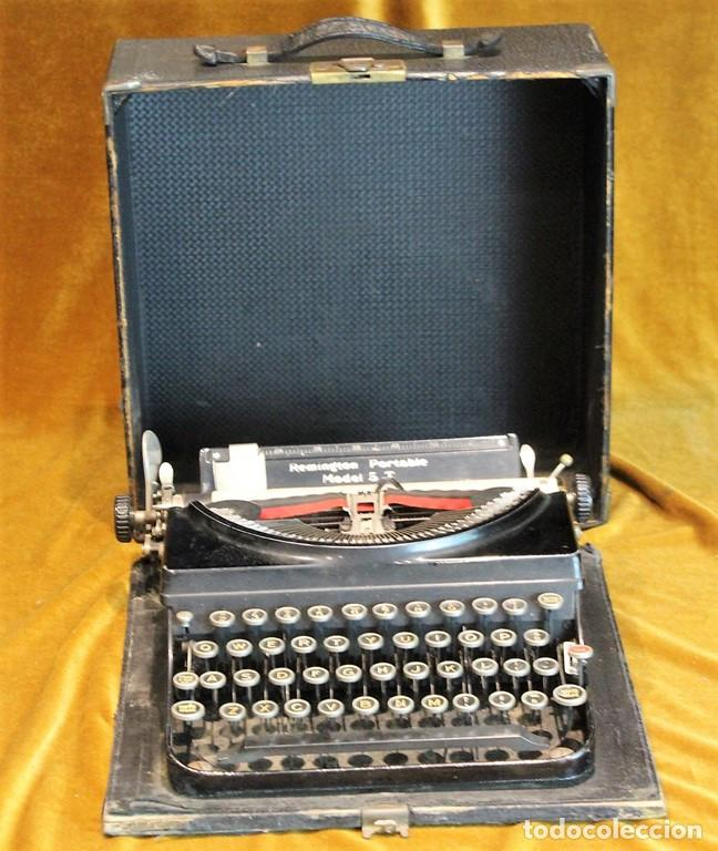 MÁQUINA DE ESCRIBIR REMINGTON PORTABLE 5T, FUNCIONA,COMPLETA Y CON MALETÍN ORIGINAL (Antigüedades - Técnicas - Máquinas de Escribir Antiguas - Remington)