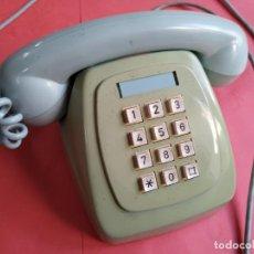 Teléfonos: TELÉFONO VERDE AÑOS 60. Lote 247632490