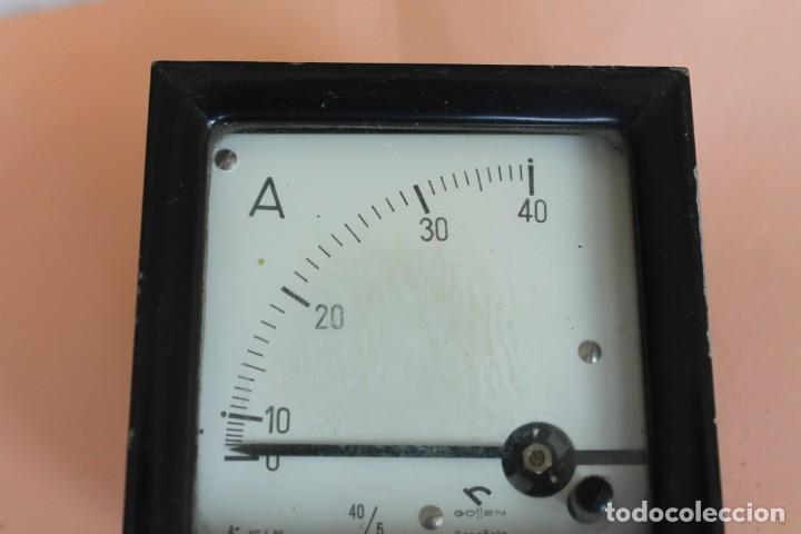 Antigüedades: AMPERIMETRO. MEDIDOR DE CORRIENTE ELECTRICA DE 0 a 40 Amp. AÑOS 50. FABRICA GOSSEN ESPAÑOLA. - Foto 3 - 247705790